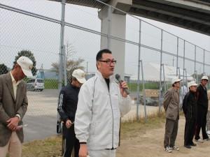 4月行事写真「地区対抗ソフトボール大会」01
