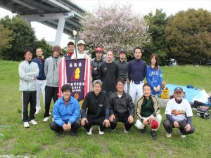4月行事写真「地区対抗ソフトボール大会」09